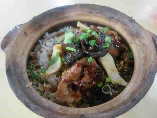 Best-halal-claypot-chicken-rice-in-KL-and-PJ