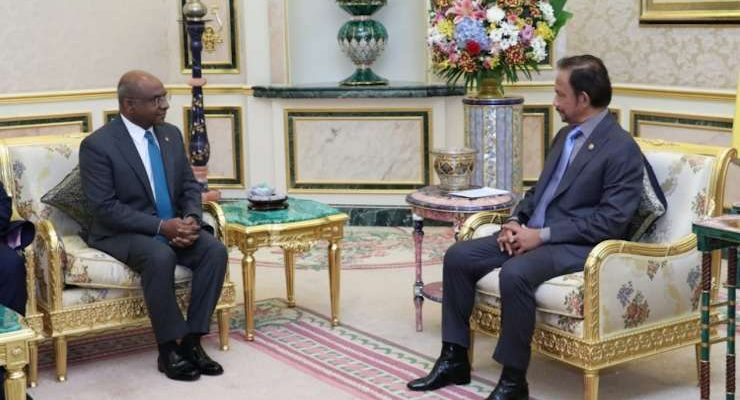 Maldives-meeting-with-brunei-sultan
