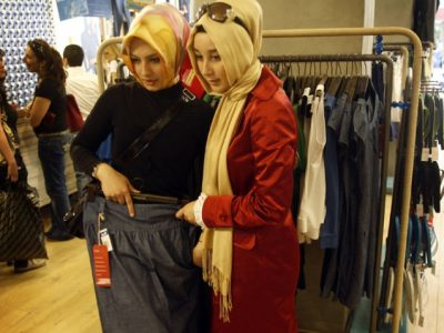 Global Muslim Fashion Consumption to Reach US$311 in 2024